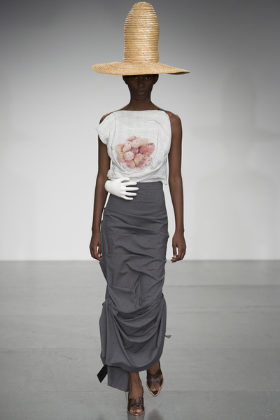 A.W.A.K.E Spring 2018 Ready-to-Wear - Look #26