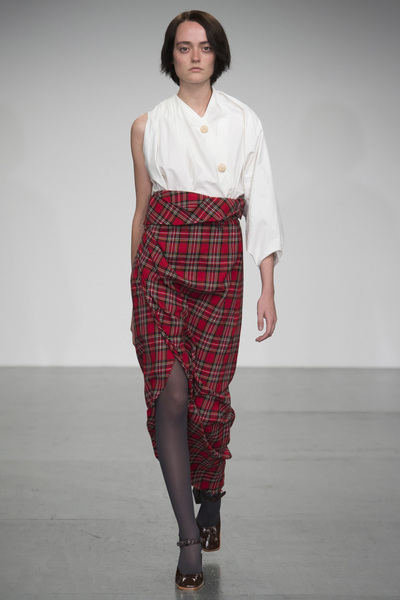 A.W.A.K.E Spring 2018 Ready-to-Wear - Look #32