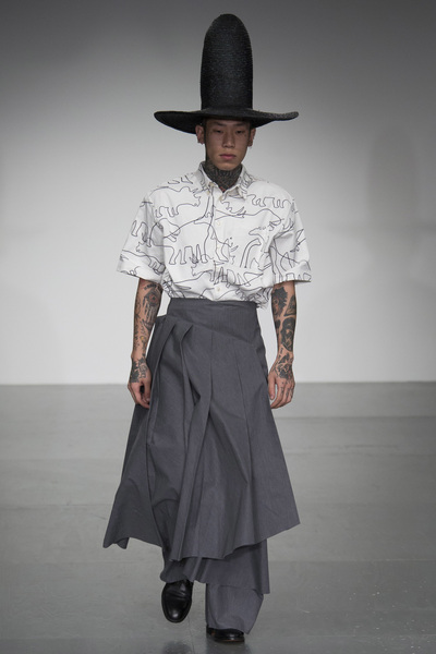 A.W.A.K.E Spring 2018 Ready-to-Wear - Look #4