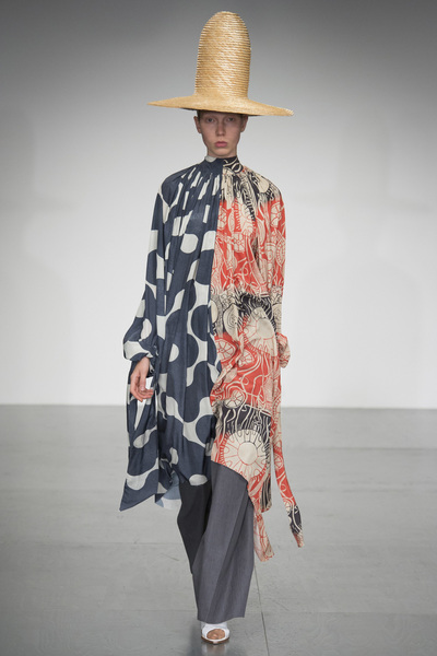 A.W.A.K.E Spring 2018 Ready-to-Wear - Look #41