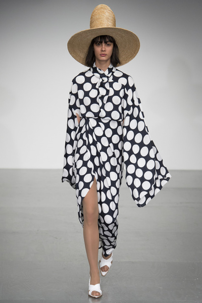 A.W.A.K.E Spring 2018 Ready-to-Wear - Look #47