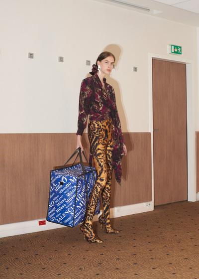 Balenciaga Resort 2018 - Look #23