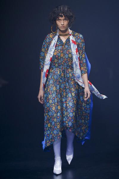 Balenciaga Spring 2018 Ready-to-Wear - Look #46