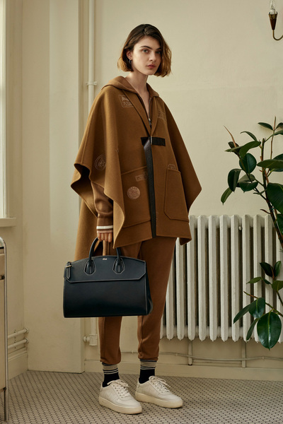 Bally Spring 2018 Ready-to-Wear - Look #3