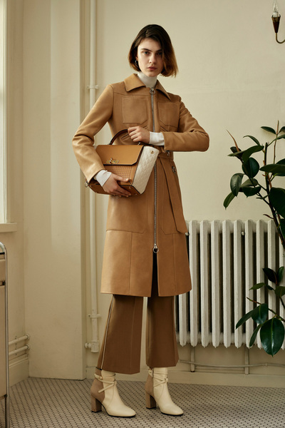 Bally Spring 2018 Ready-to-Wear - Look #4