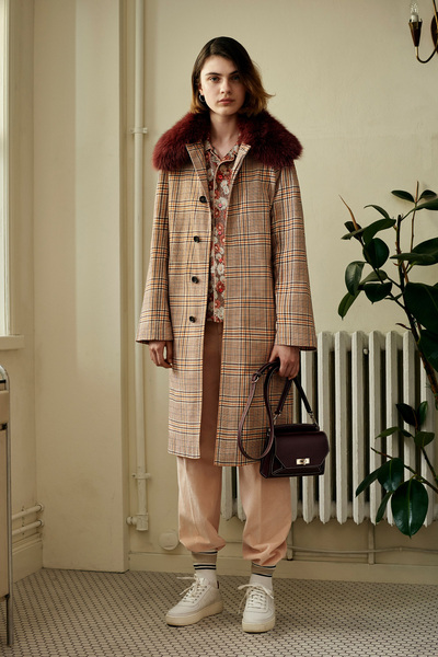 Bally Spring 2018 Ready-to-Wear - Look #8