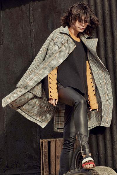 Belstaff Spring 2018 Ready-to-Wear - Look #13
