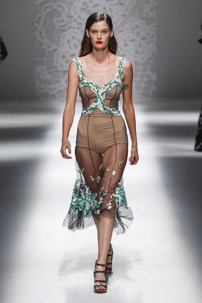 Blumarine Spring 2018 Ready-to-Wear - Look #30