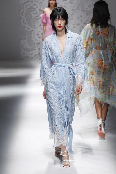 Blumarine Spring 2018 Ready-to-Wear - Look #40