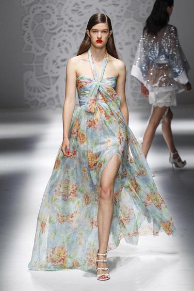 Blumarine Spring 2018 Ready-to-Wear - Look #42