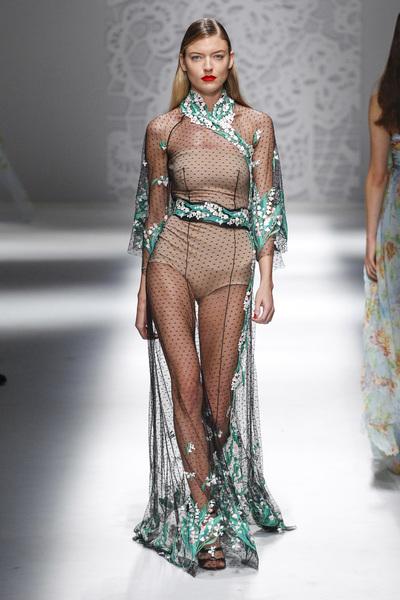 Blumarine Spring 2018 Ready-to-Wear - Look #47