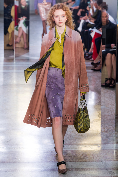 Bottega Veneta Spring 2018 Ready-to-Wear - Look #17