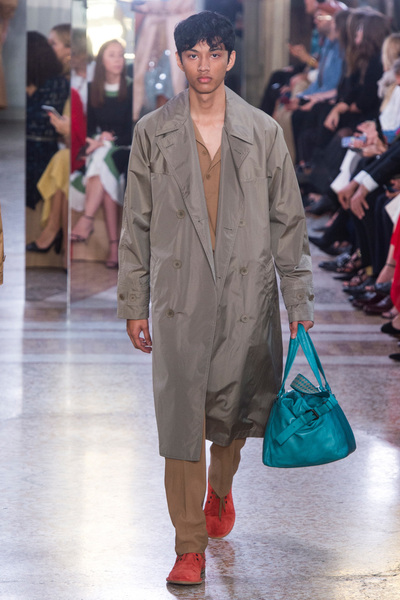 Bottega Veneta Spring 2018 Ready-to-Wear - Look #39