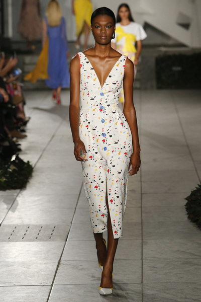Carolina Herrera Spring 2018 Ready-to-Wear - Look #26