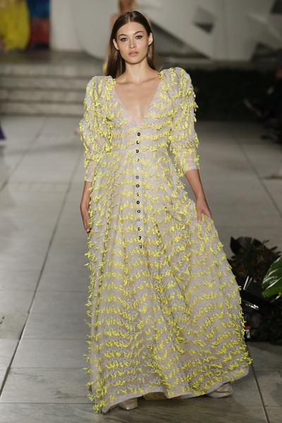 Carolina Herrera Spring 2018 Ready-to-Wear - Look #41
