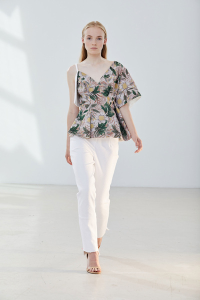 CG Spring 2018 Ready-to-Wear - Look #9