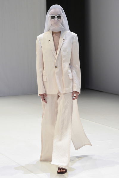Chalayan Spring 2018 Ready-to-Wear - Look #13