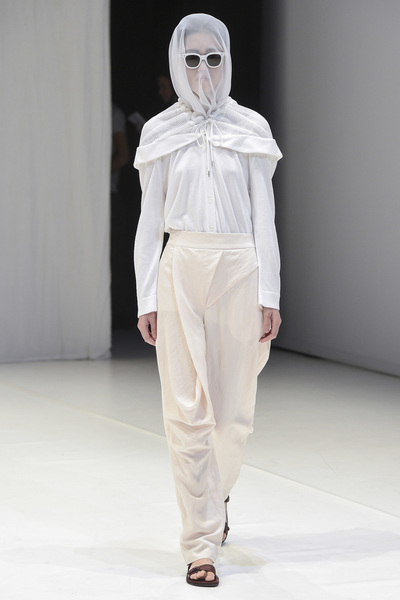 Chalayan Spring 2018 Ready-to-Wear - Look #15