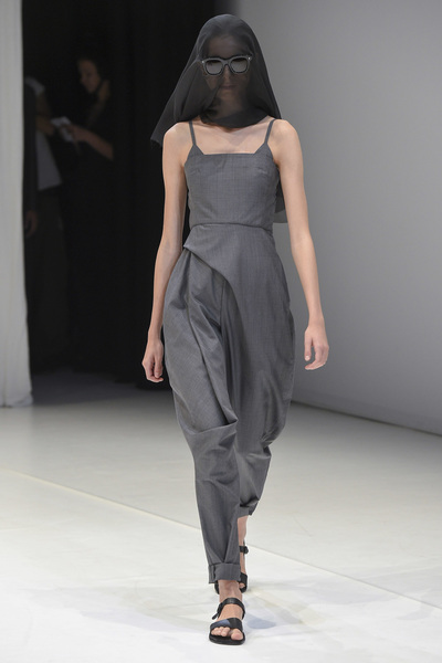 Chalayan Spring 2018 Ready-to-Wear - Look #2
