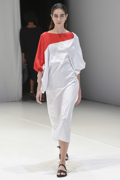 Chalayan Spring 2018 Ready-to-Wear - Look #25