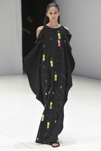 Chalayan Spring 2018 Ready-to-Wear - Look #38