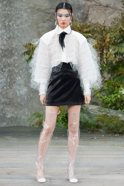 CHANEL Spring 2018 Ready-to-Wear - Look #72