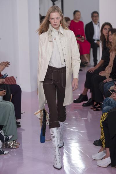Chloe Spring 2018 Ready-to-Wear - Look #6