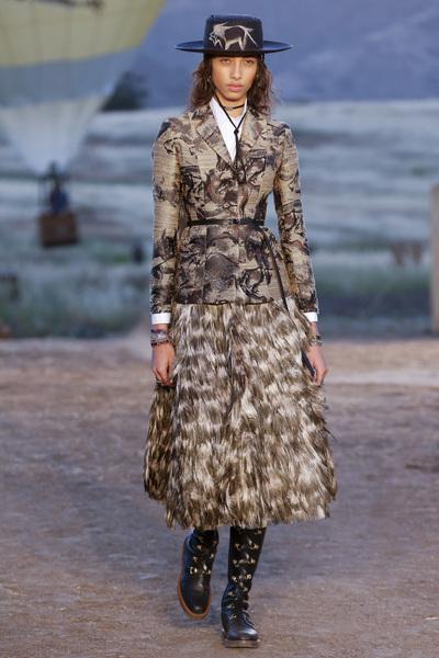 Christian Dior Resort 2018 - Look #10