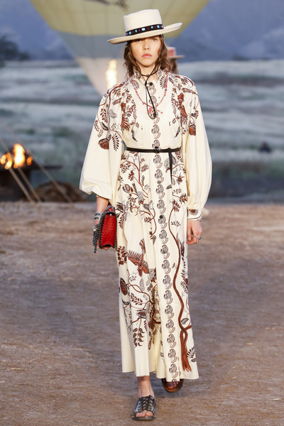 Christian Dior Resort 2018 - Look #15