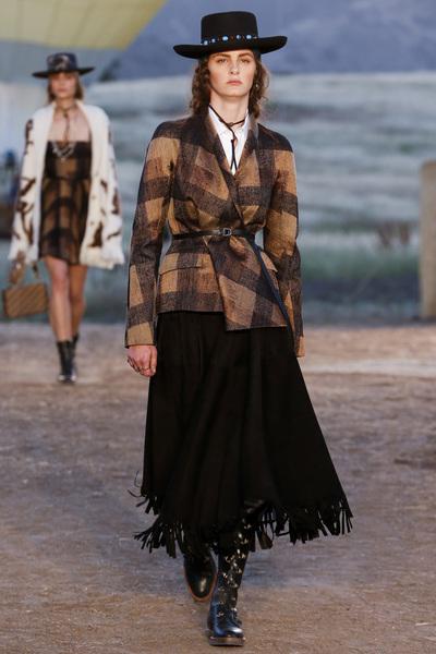 Christian Dior Resort 2018 - Look #5