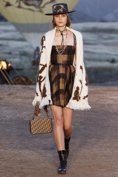Christian Dior Resort 2018 - Look #6