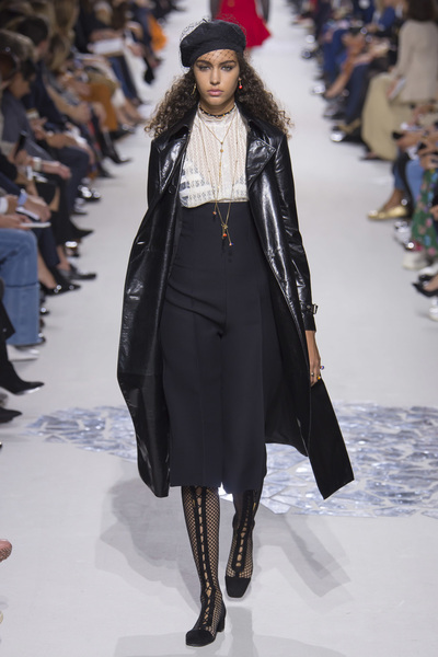 Christian Dior Spring 2018 Ready-to-Wear - Look #33