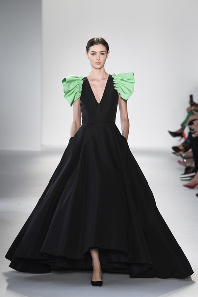 Christian Siriano Spring 2018 Ready-to-Wear - Look #14