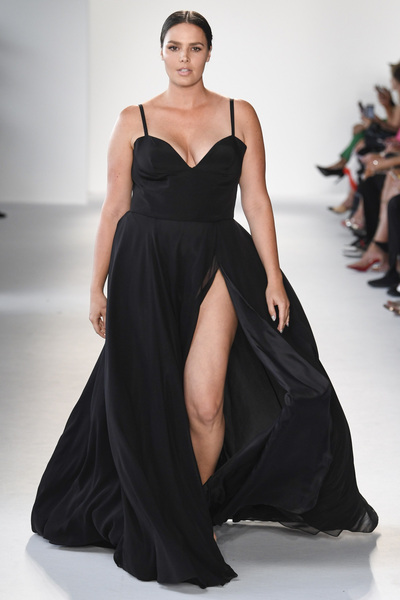 Christian Siriano Spring 2018 Ready-to-Wear - Look #56