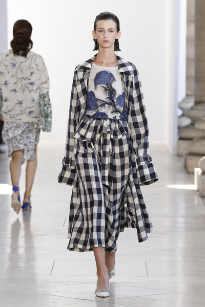 Christian Wijnants Spring 2018 Ready-to-Wear - Look #32
