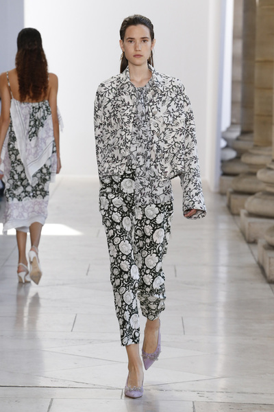 Christian Wijnants Spring 2018 Ready-to-Wear - Look #5