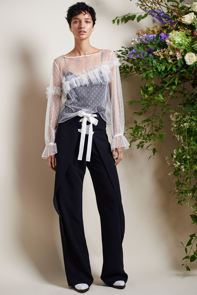 Cinq A Sept Spring 2018 Ready-to-Wear - Look #17