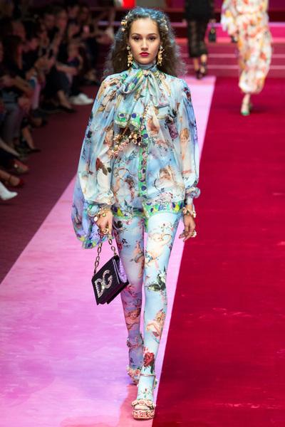 Dolce & Gabbana Spring 2018 Ready-to-Wear - Look #15
