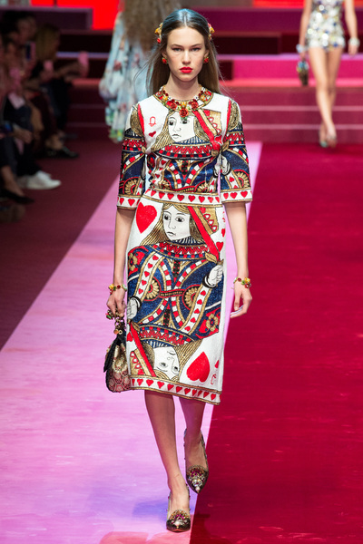 Dolce & Gabbana Spring 2018 Ready-to-Wear - Look #18