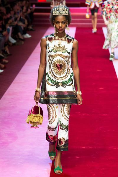 Dolce & Gabbana Spring 2018 Ready-to-Wear - Look #21