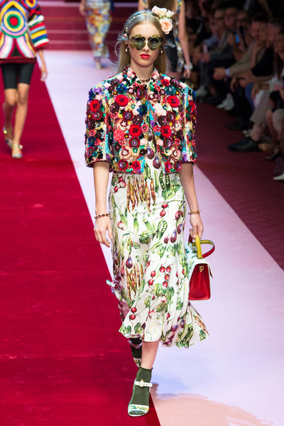 Dolce & Gabbana Spring 2018 Ready-to-Wear - Look #22