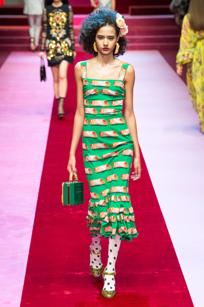 Dolce & Gabbana Spring 2018 Ready-to-Wear - Look #38