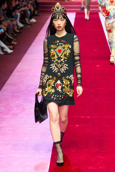 Dolce & Gabbana Spring 2018 Ready-to-Wear - Look #39