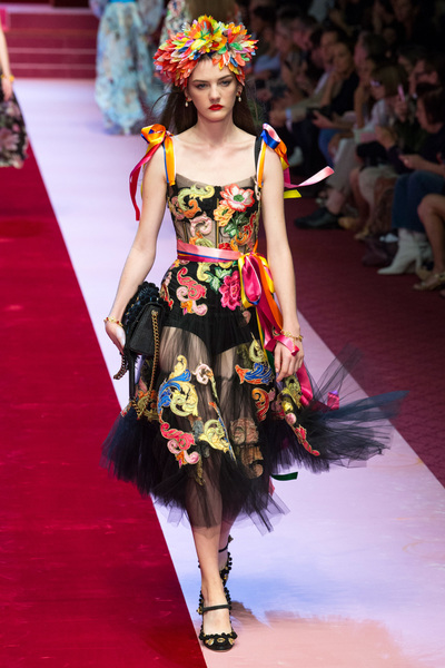 Dolce & Gabbana Spring 2018 Ready-to-Wear - Look #46