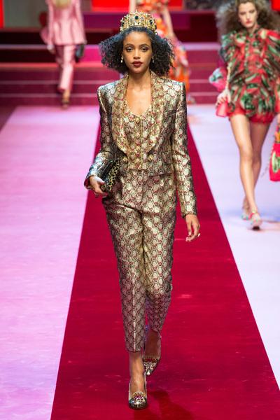 Dolce & Gabbana Spring 2018 Ready-to-Wear - Look #48
