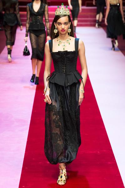 Dolce & Gabbana Spring 2018 Ready-to-Wear - Look #5