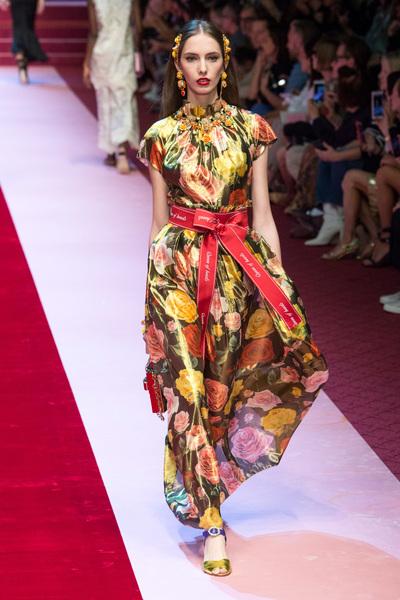 Dolce & Gabbana Spring 2018 Ready-to-Wear - Look #55