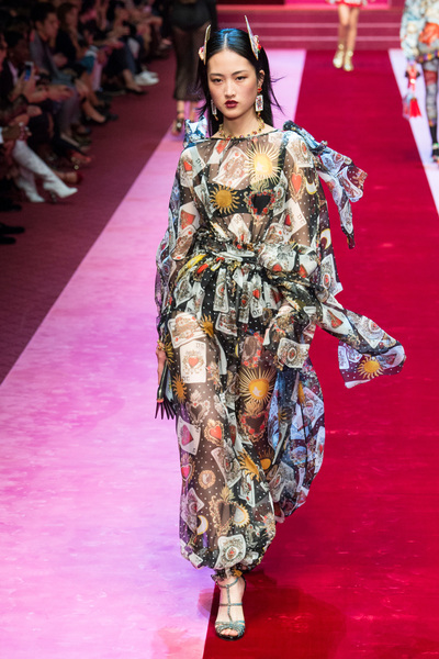 Dolce & Gabbana Spring 2018 Ready-to-Wear - Look #57