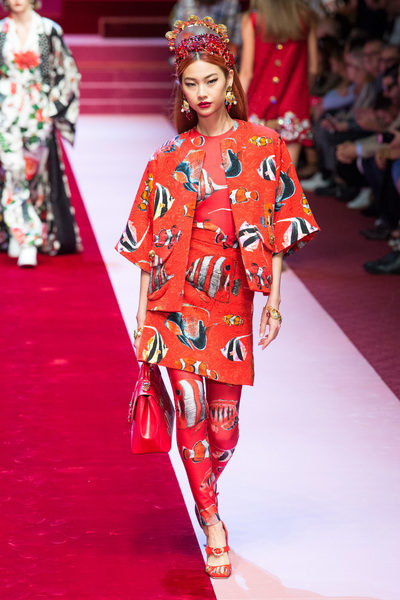 Dolce & Gabbana Spring 2018 Ready-to-Wear - Look #61