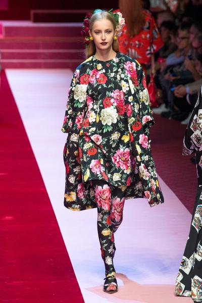 Dolce & Gabbana Spring 2018 Ready-to-Wear - Look #64